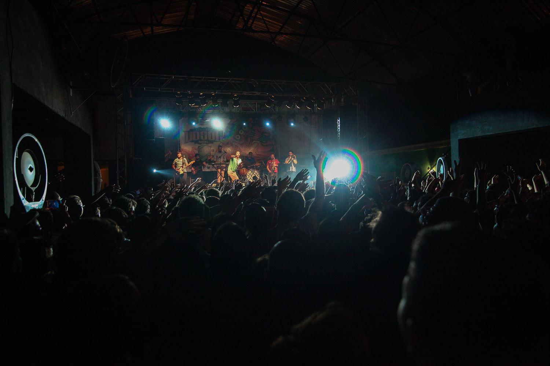 Móveis Coloniais de Acaju no Festival Dosol 2015