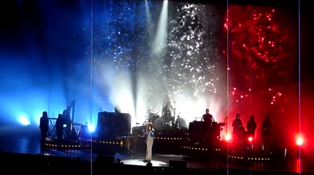 Florence + The Machine toca Beatles em Paris