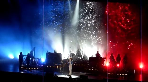 Florence + The Machine toca Beatles em Paris