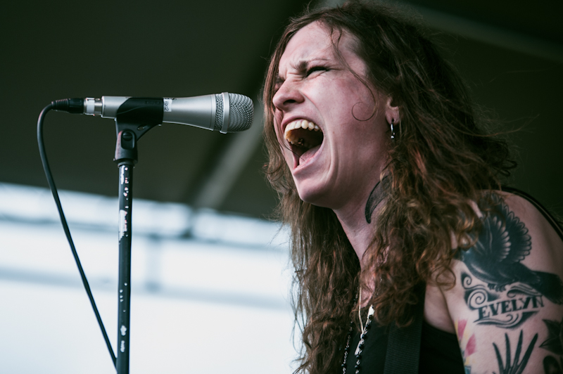 Por que Laura Jane Grace não vai boicotar shows no estado americano que aprovou leis anti-LGBT?