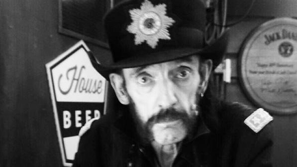 Lemmy no aniversário de 70 anos