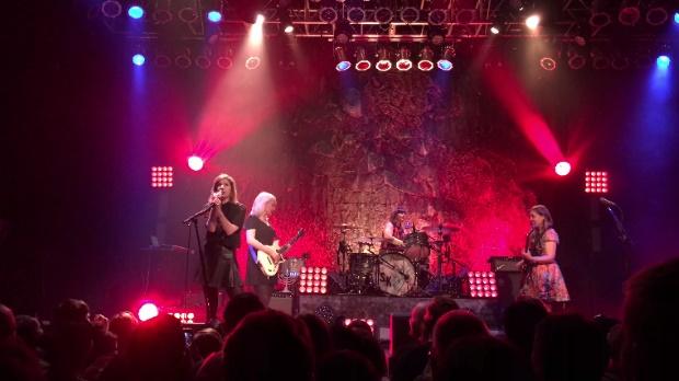 Sleater-Kinney toca Ramones
