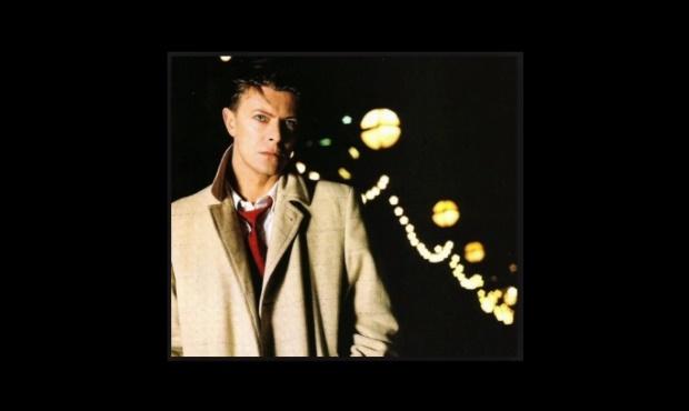 David Bowie imita Lou Reed, Neil Young, Tom Waits e mais