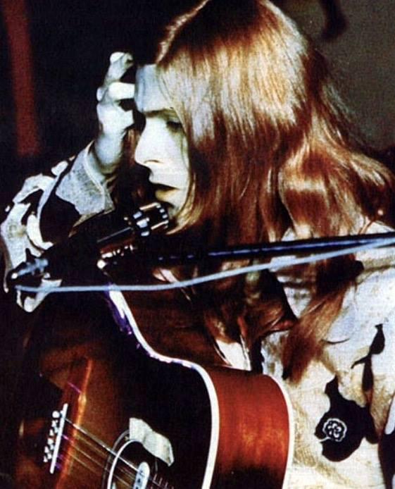 Stone Temple Pilots em homenagem a David Bowie