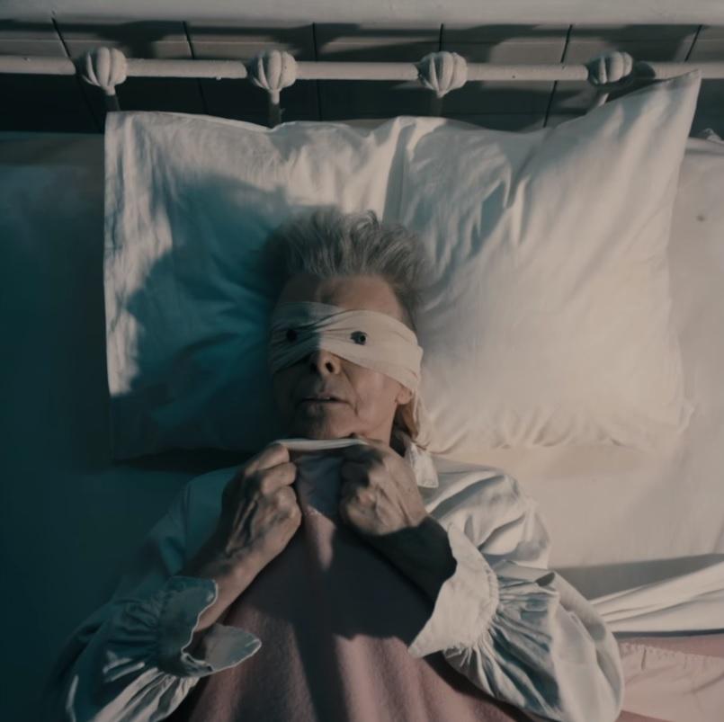 "David Bowie lança clipe; Veja ""Lazarus"""
