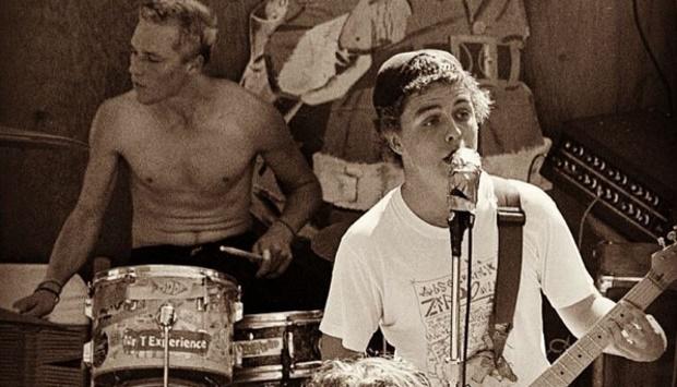 Green Day com Aaron Cometbus na bateria