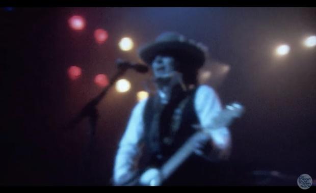 "Jimmy Fallon imita Bob Dylan cantando ""Hotline Bling"", do Drake"