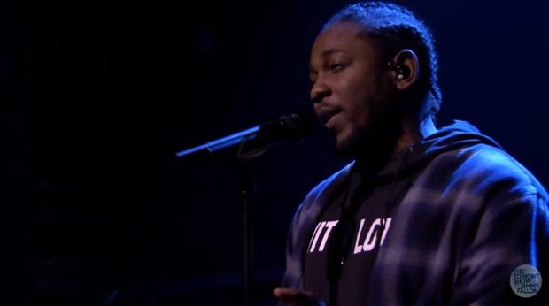 Kendrick Lamar toca inédita no programa de Jimmy Fallon - vídeo