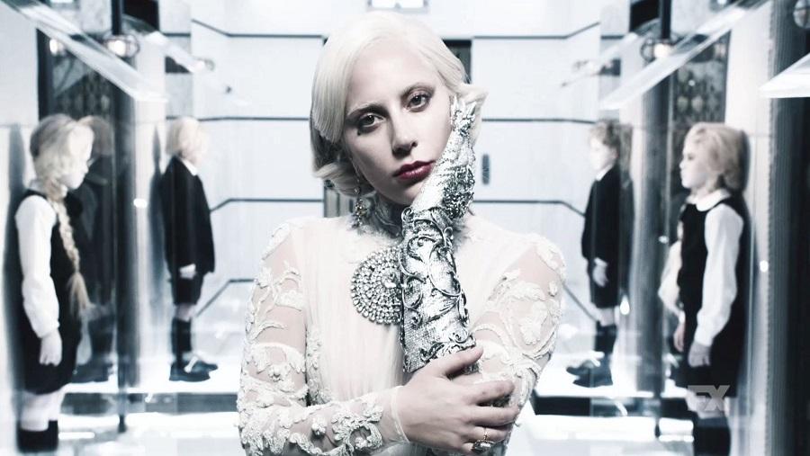 Lady Gaga afirma que novo álbum será lançado em 2016