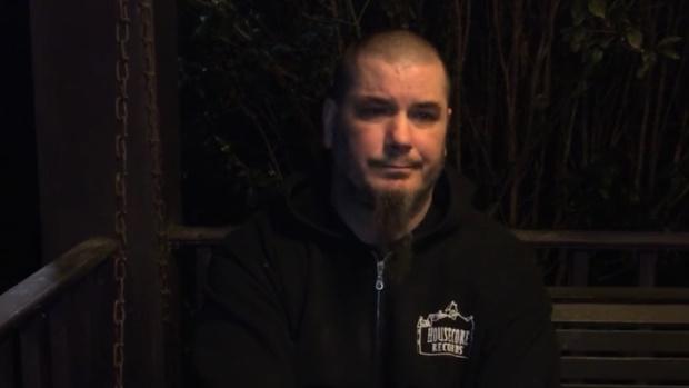 Phil Anselmo pede desculpas por gestos nazistas em vídeo - assista
