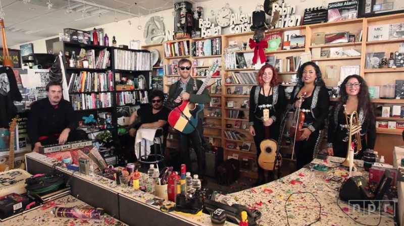 The Arcs no Tiny Desk Concert da NPR