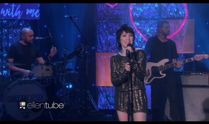Carly Rae Jepsen no programa da Ellen