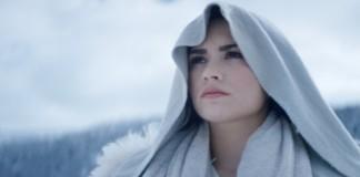 """Demi Lovato lança clipe; veja """"Stone Cold"""""""