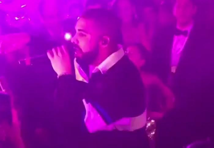 Drake surpreende fã em Bat Mitzvah