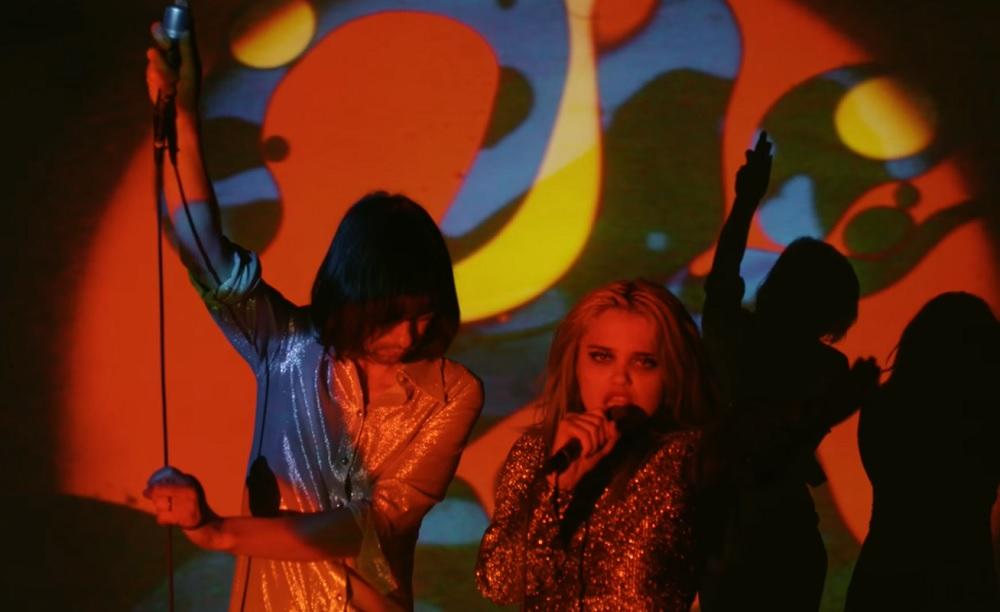 Primal Scream lança música em parceria com Sky Ferreira