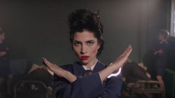 Pussy Riot no clipe de Chaika