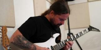 Andreas Kisser trabalha em novo álbum do Sepultura