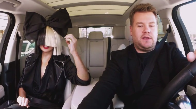 Sia no Carpool Karaoke