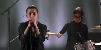 Savages no programa de Stephen Colbert