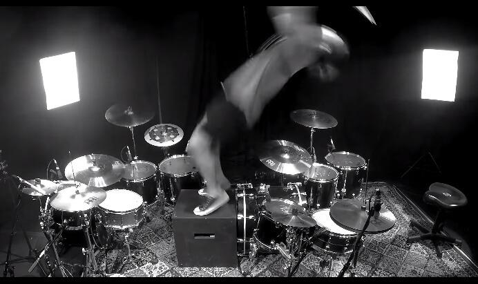Aric Improta - baterista dá mortal em solo