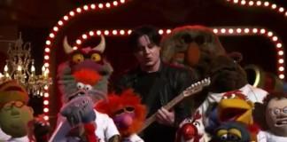 Jack White toca música de Stevie Wonder com os Muppets - assista