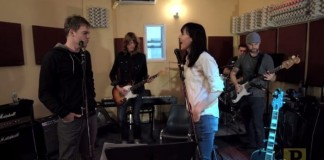 Michael C. Hall ensaia para tributo ao Radiohead