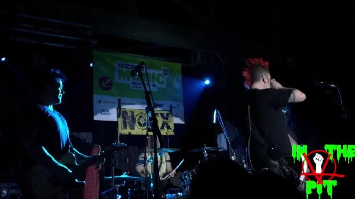 NOFX presta homenagem a Tony Sly no SXSW