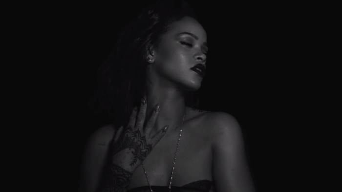 Rihanna - Kiss It Better