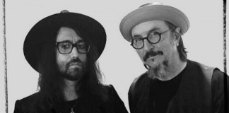 Sean Lennon e Les Claypool