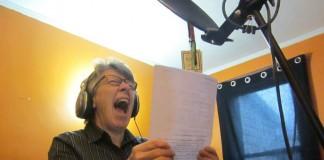 The Grindmother: mulher de 67 anos lança disco de grindcore na internet