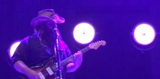 Chris Stapleton toca música do Prince