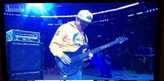 Flea do Red Hot Chili Peppers toca hino dos Estados Unidos na despedida de Kobe Bryant