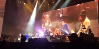 Guns N' Roses no Coachella com Angus Young