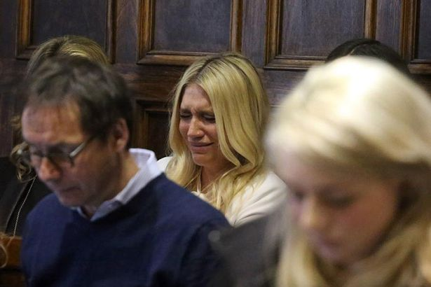 Kesha perde processo contra DR Luke
