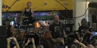 Metallica faz show em loja de discos na Califórnia - veja na íntegra