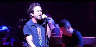 Pearl Jam toca o disco Ten na íntegra