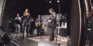 Tony Iommi toca Black Sabbath