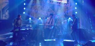 Wolf Parade se apresenta no programa de Colbert