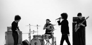 Antemasque grava clipe com Travis Barker