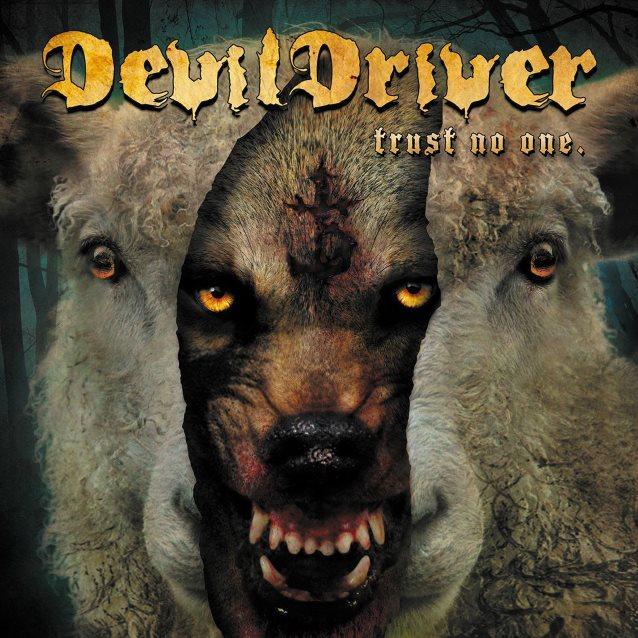 """devildriver lança seu novo disco, """"trust no one"""""""