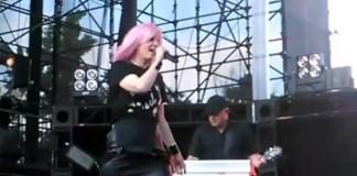 Shirley Manson se apresenta com o Garbage no KROQ Weenie Roast