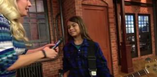 Filho de Robert Trujillo toca em programa de TV
