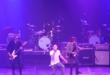 Stone Temple Pilots com Corey Taylor do Slipknot