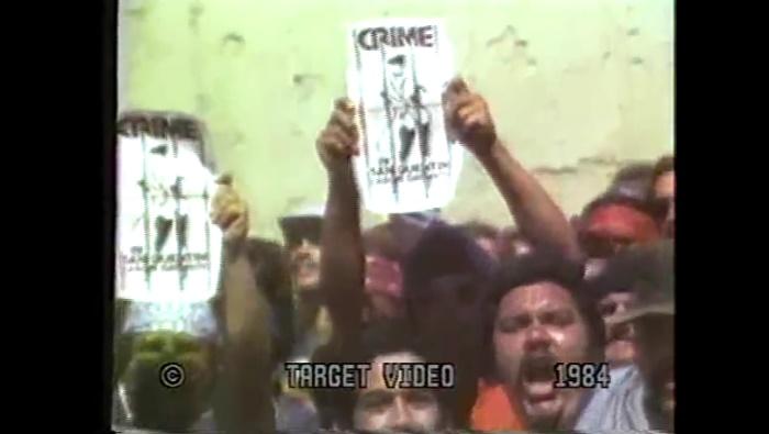 Prisioneiros no show do Crime em San Quentin