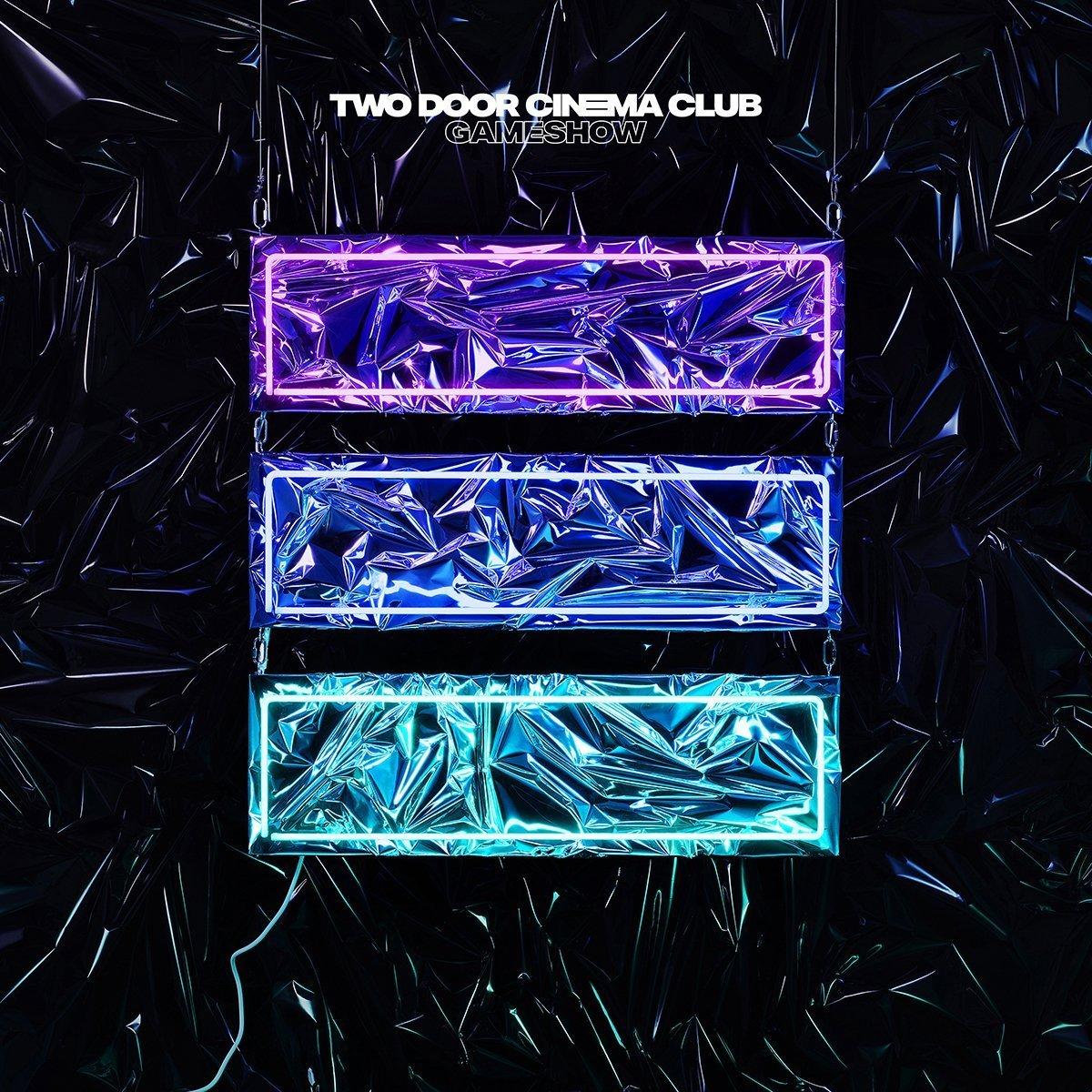 """novo disco do two door cinema club, """"gameshow"""", será lançado no dia 14 de outubro"""