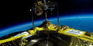 Jack White toca Vinil no Espaço