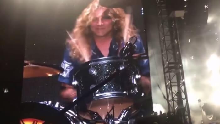 Steven Adler com o Guns N' Roses