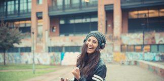 Estudo relaciona música e felicidade