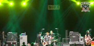 NOFX - Punk Rock Holiday
