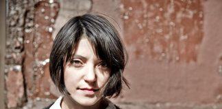 Sharon Van Etten lança música em homenagem às vítimas de Orlando